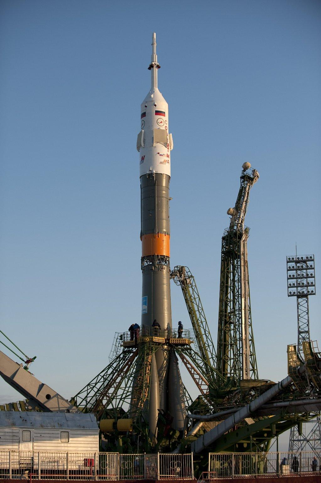 Expedition 22 Soyuz Rollout