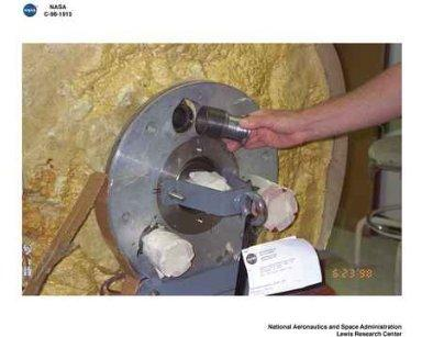 HYBRID THERMAL CONTROL TESTING AT THE SUPPLEMENTAL MULTI LAYER INSULATION RESEARCH FACILITY - SEE ALSO C-1998-1923 THRU C-1998-1941