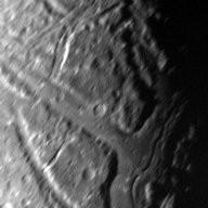 Ariel's transecting valleys