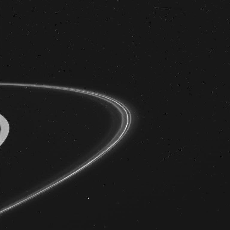 Wide View of Saturn's F Ring