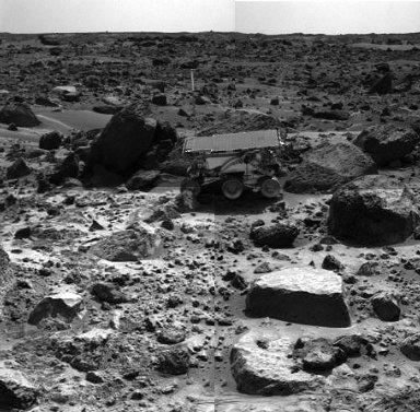 Sojourner Rover Backing Away from Moe - Right Eye