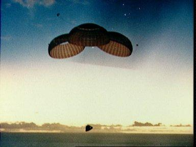 Apollo 10 spacecraft approaches touchdown in South Pacific recovery area