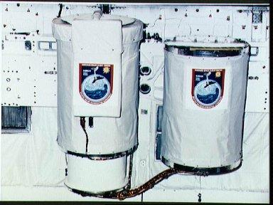 STS-34 Shuttle Solar Backscatter UV (SSBUV) get away special (GAS) canisters